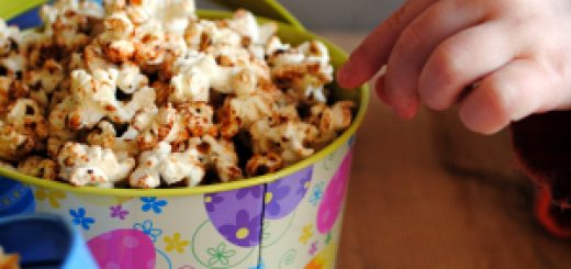 Spiced sweet and savoury popcorn