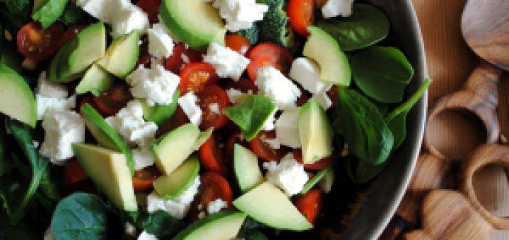 Bibliocook.com - Broccoli, Feta, Avocado Salad