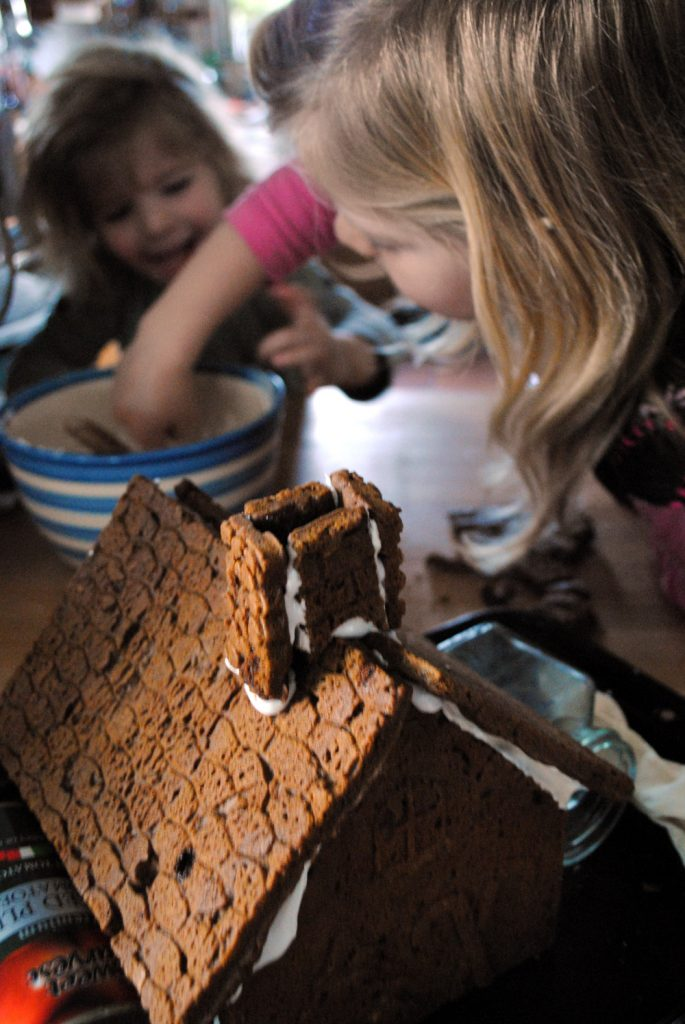 Bibliocook.com - Gingerbread House making 2014