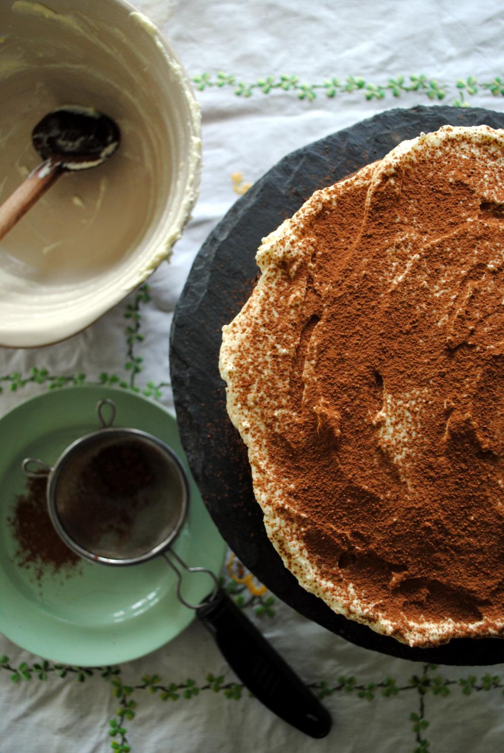 Bibliocook.com - Epic Chocolate, Porter and Potato Cake - icing
