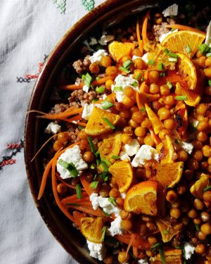 Bibliocook.com - Spice roasted chickpeas and blood oranges with buckwheat and feta