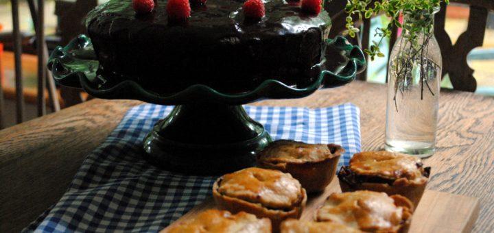 Bibliocook.com - Fabulous fictional feasts in children's books - Bilbo's Pork Pies -Bruce Bogtrotter's Chocolate Cake and Bilbo's Pork Pies