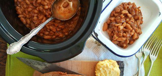 Bibliocook.com - slow cooker homemade baked beans