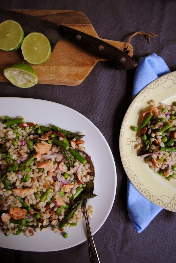 Bibliocook.com - Barley, Asparagus and Smoked Trout Salad for Fishwives