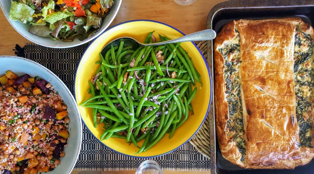 Bibliocook.com - Spanakopita and salads in NZ