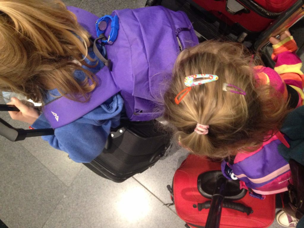 Bibliocook.com - Flying with kids - Dublin Airport 2015