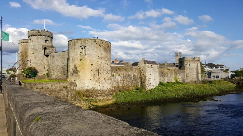 Bibliocook.com - St John's Castle, Limerick