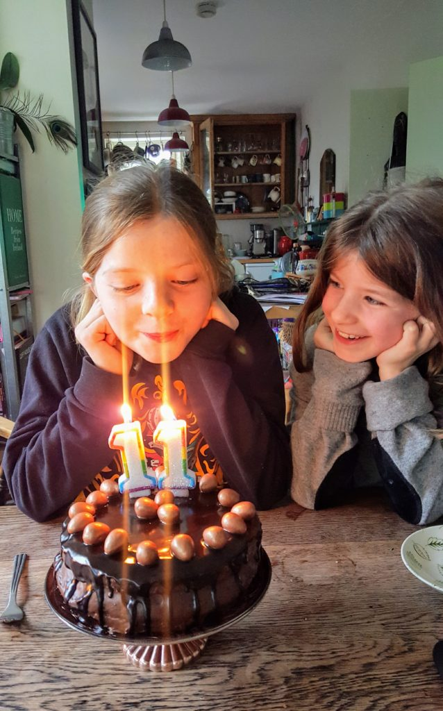 Bibliocook.com - Little Missy turns 11 + uber chocolate cake